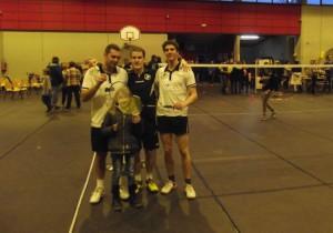 Antoine, Alice, Marc et Jérôme au stand badminton du Téléthon à Valdahon